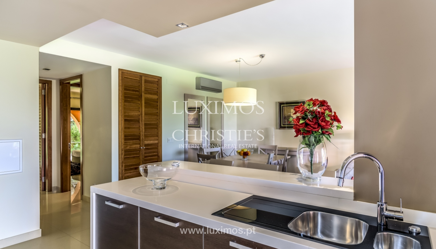 Sale of contemporary apartment in exclusive Golf Resort, Algarve._133602