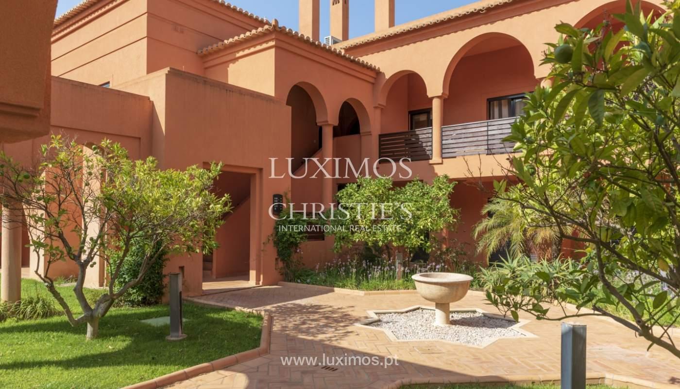 Sale of contemporary apartment in exclusive Golf Resort, Algarve._133609