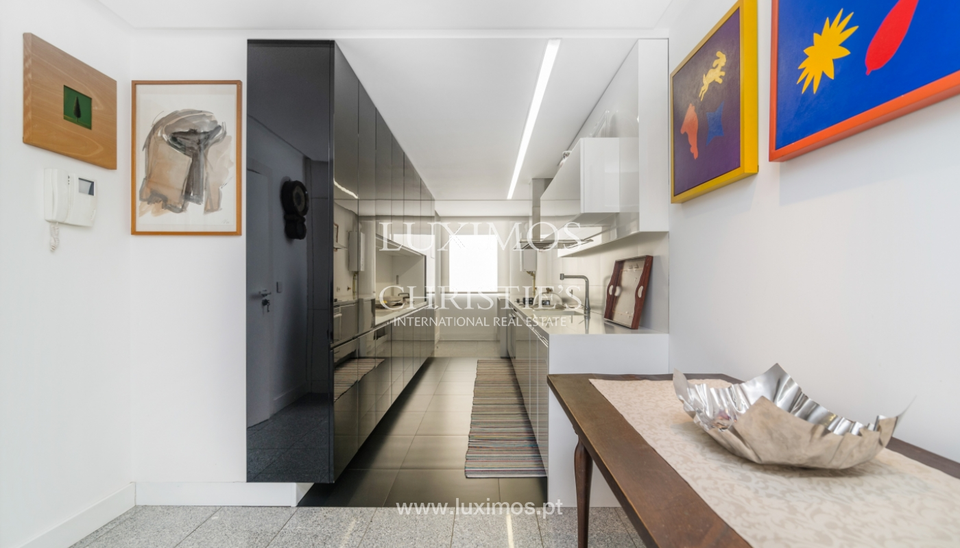 Apartamento de luxo, para venda, com vistas mar, na Foz do Douro_133871