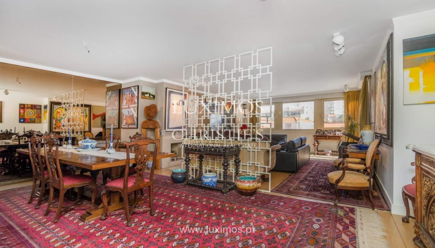 Apartamento de luxo, para venda, com vistas mar, na Foz do Douro_133875