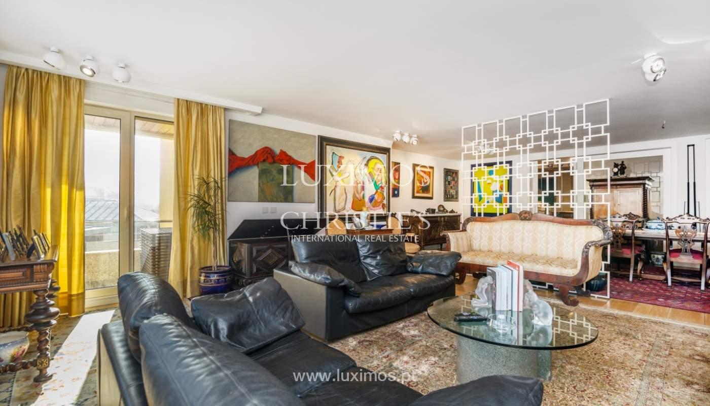 Apartamento de luxo, para venda, com vistas mar, na Foz do Douro_133880