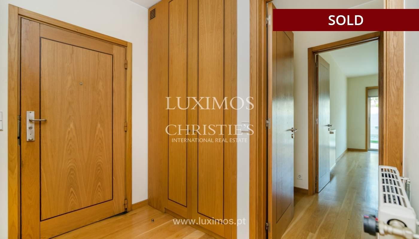 Sale of apartment w/ terrace in private condominium, Porto, Portugal_134129
