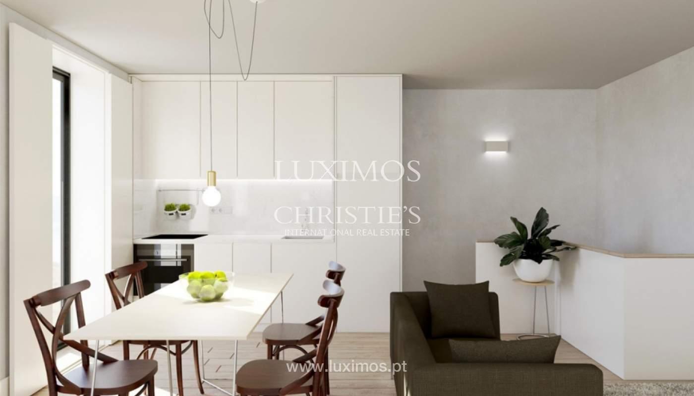 Apartamento dúplex nuevo y moderno con patio, para venta, Porto, Portugal_134267