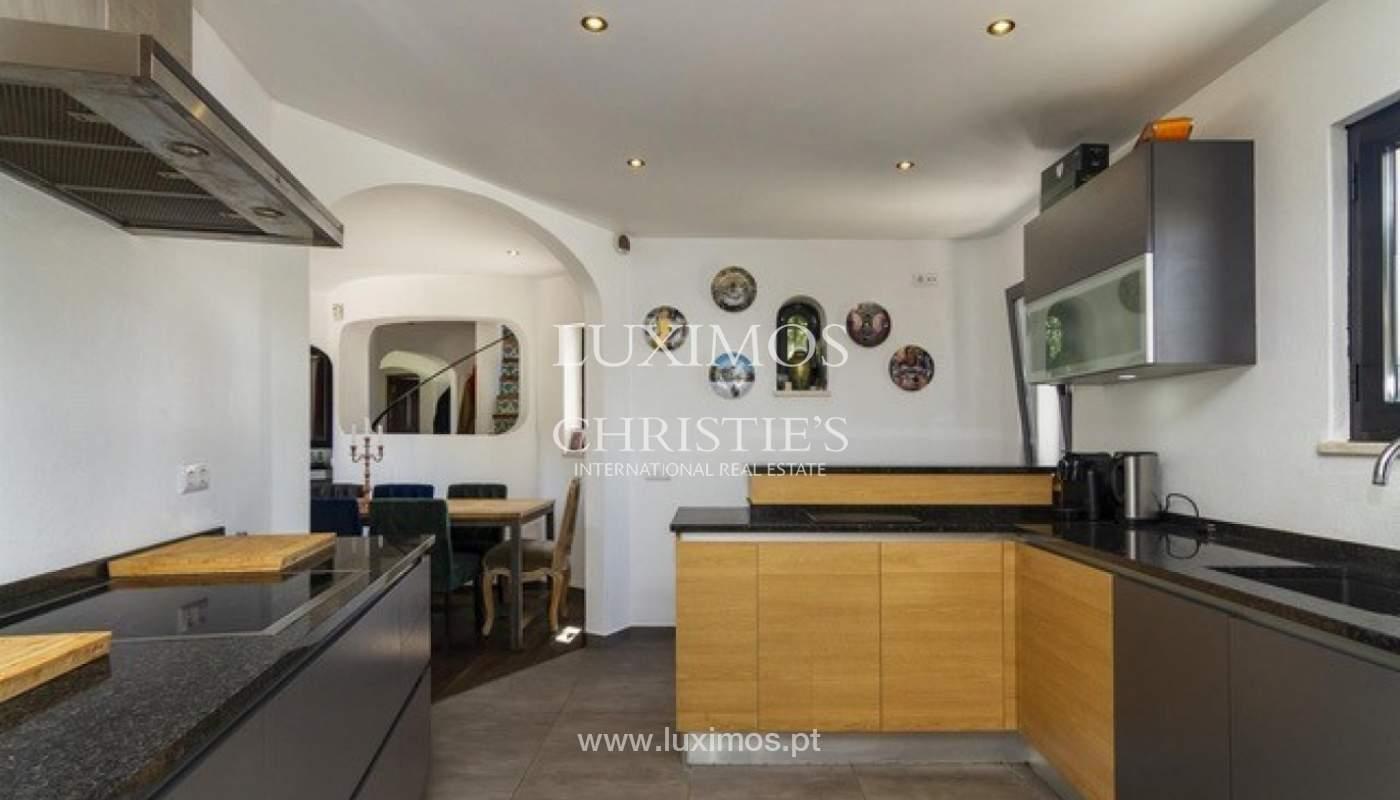 Villa zu verkaufen mit Front-Pool-Golf in Vilamoura, Algarve, Portugal_134433