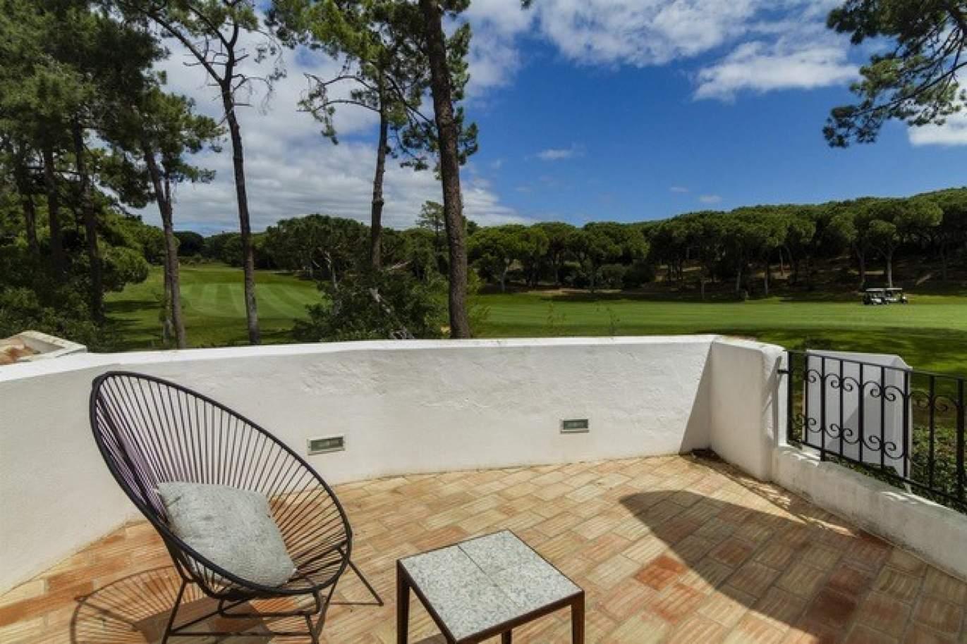 venda-de-moradia-com-piscina-frente-golfe-em-vilamoura-algarve