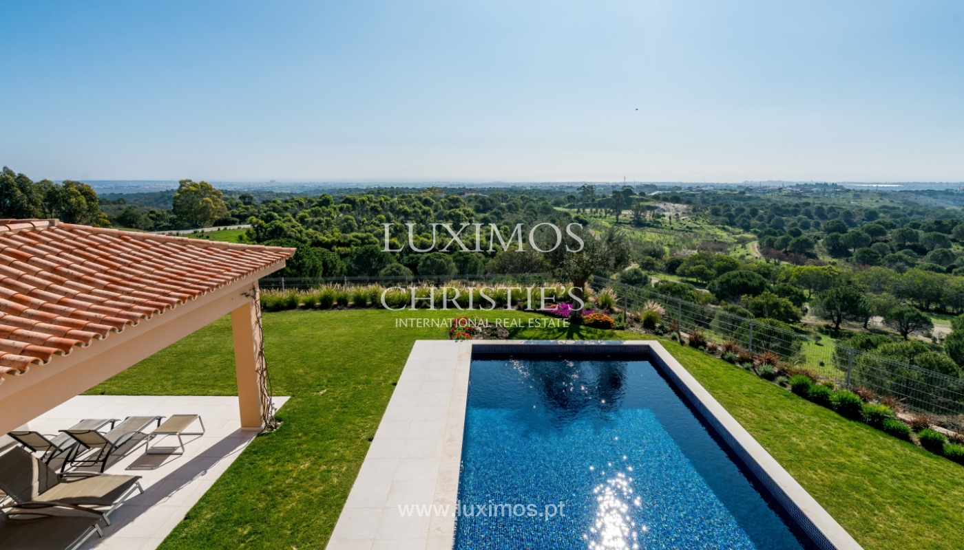 Sale of villa in golf course, Vila Real Sto António, Algarve, Portugal_134487
