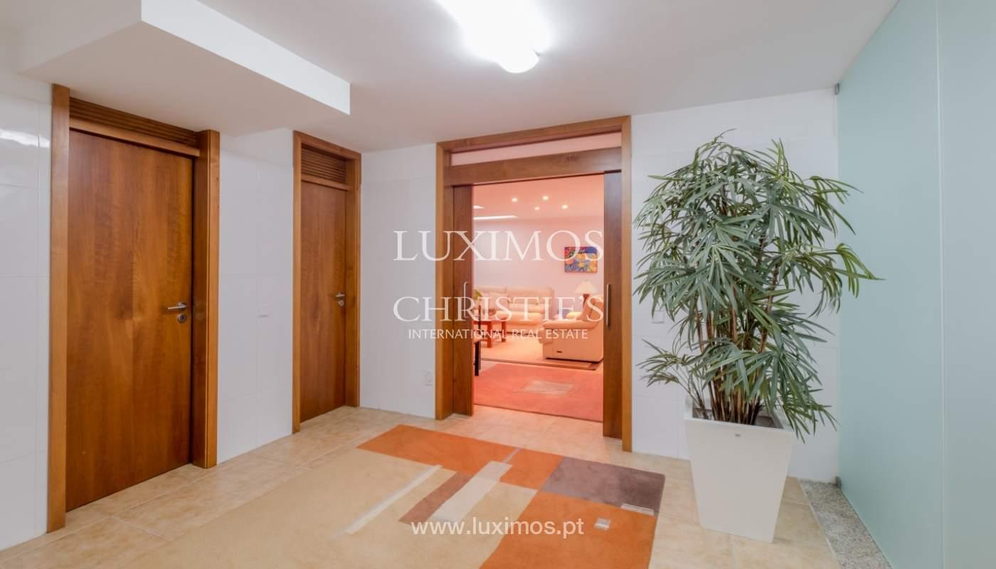 Verkauf einer zeitgenössischen Luxusvilla in Vila Nova de Gaia, Portugal_134643