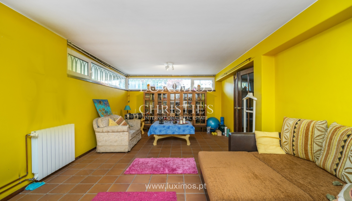 3-Fronten-Haus mit Garten, in Lordelo do Ouro, Porto, Portugal_134764