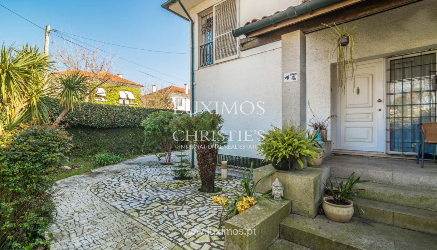 Casa de tres frentes con jardín, en Lordelo do Ouro, Porto, Portugal_134767