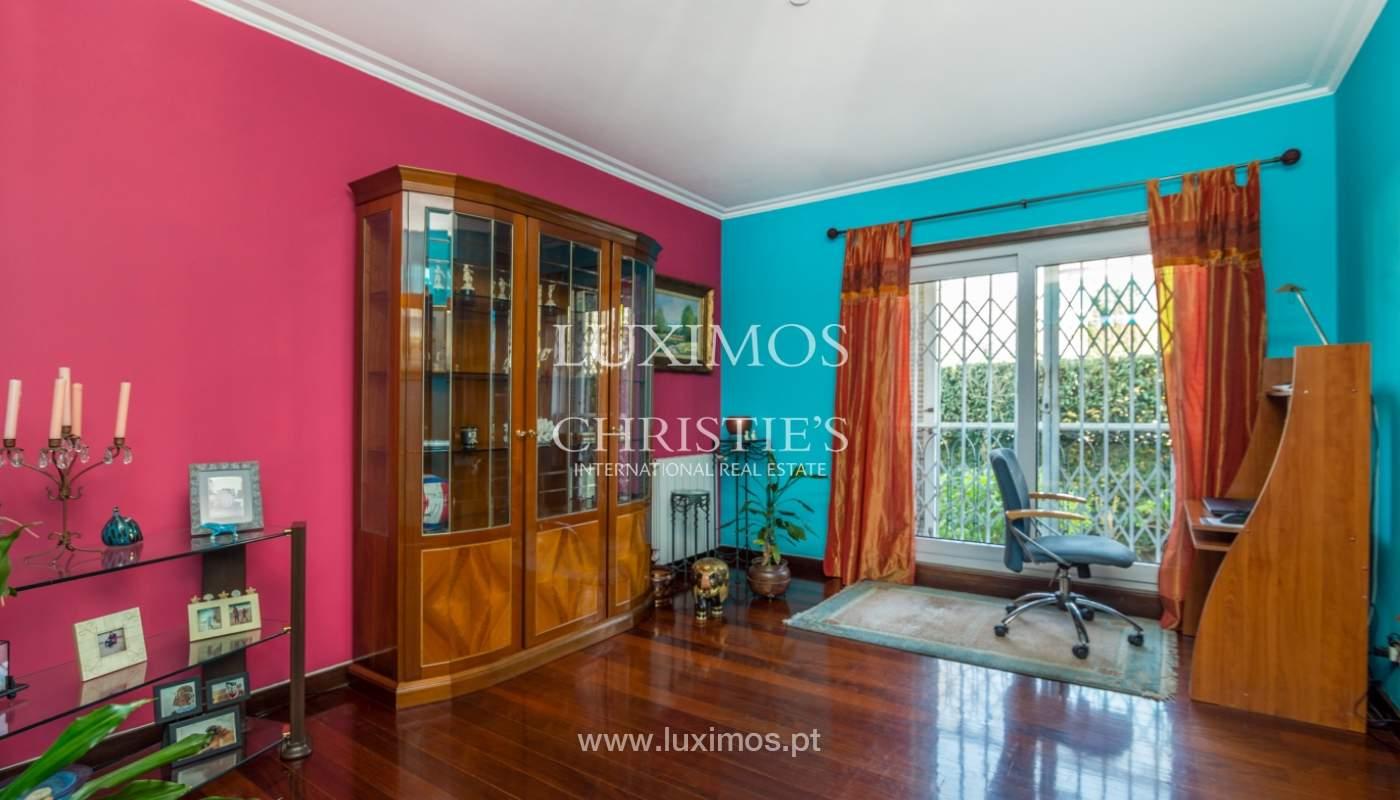 3-Fronten-Haus mit Garten, in Lordelo do Ouro, Porto, Portugal_134770