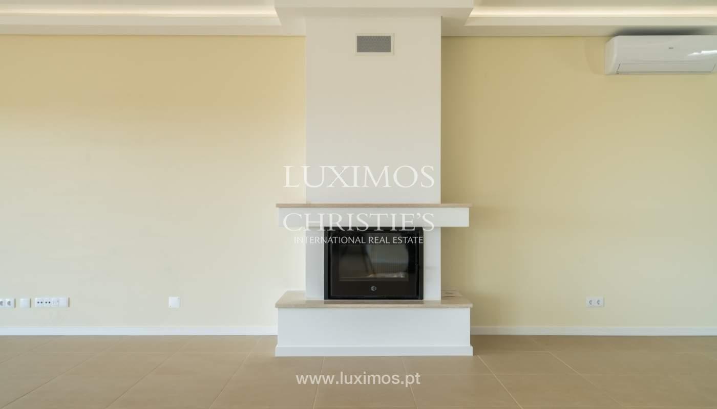 Neue Villa mit Pool zu verkaufen in Odiáxere, Lagos, Algarve, Portugal_135188
