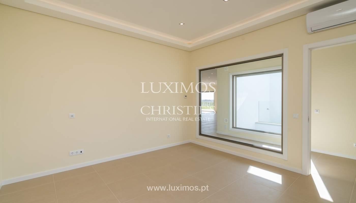 Neue Villa mit Pool zu verkaufen in Odiáxere, Lagos, Algarve, Portugal_135194
