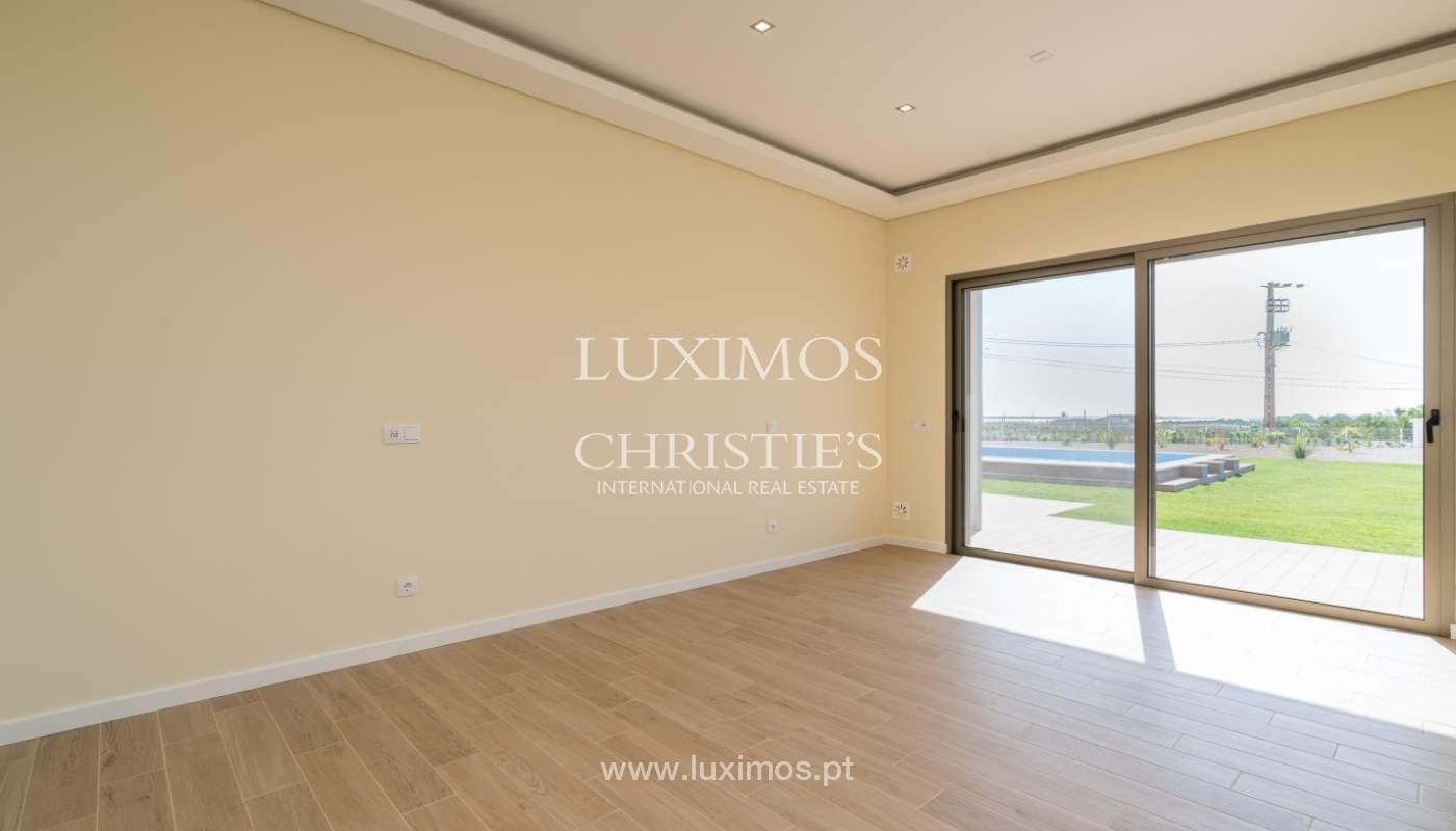 Villa neuve avec piscine à vendre à Odiáxere, Lagos, Algarve, Portugal_135199