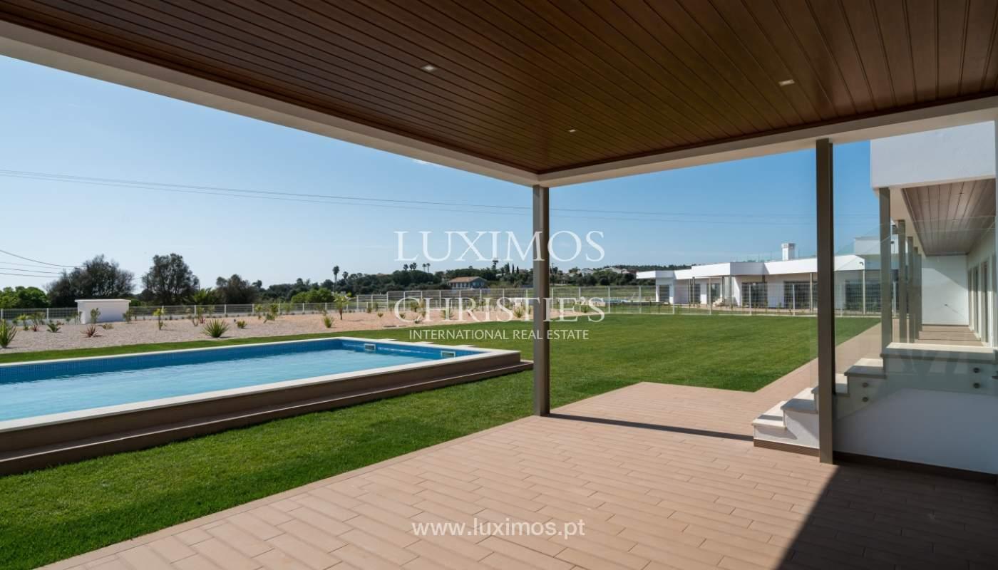 Neue Villa mit Pool zu verkaufen in Odiáxere, Lagos, Algarve, Portugal_135230