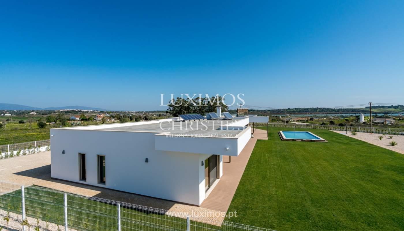 Neue Villa mit Pool zu verkaufen in Odiáxere, Lagos, Algarve, Portugal_135238