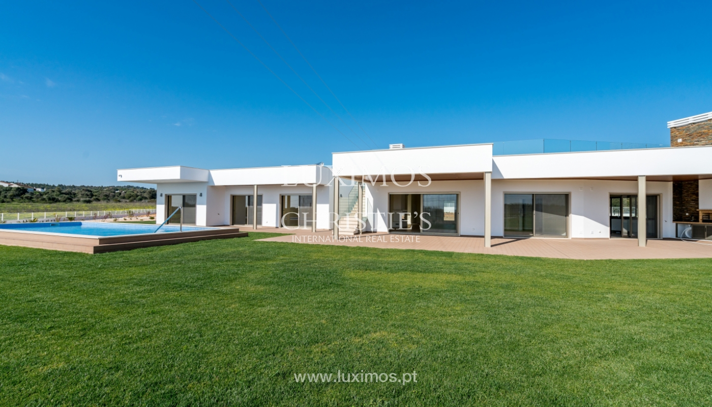 New villa for sale with pool in Odiáxere, Lagos, Algarve, Portugal_135343