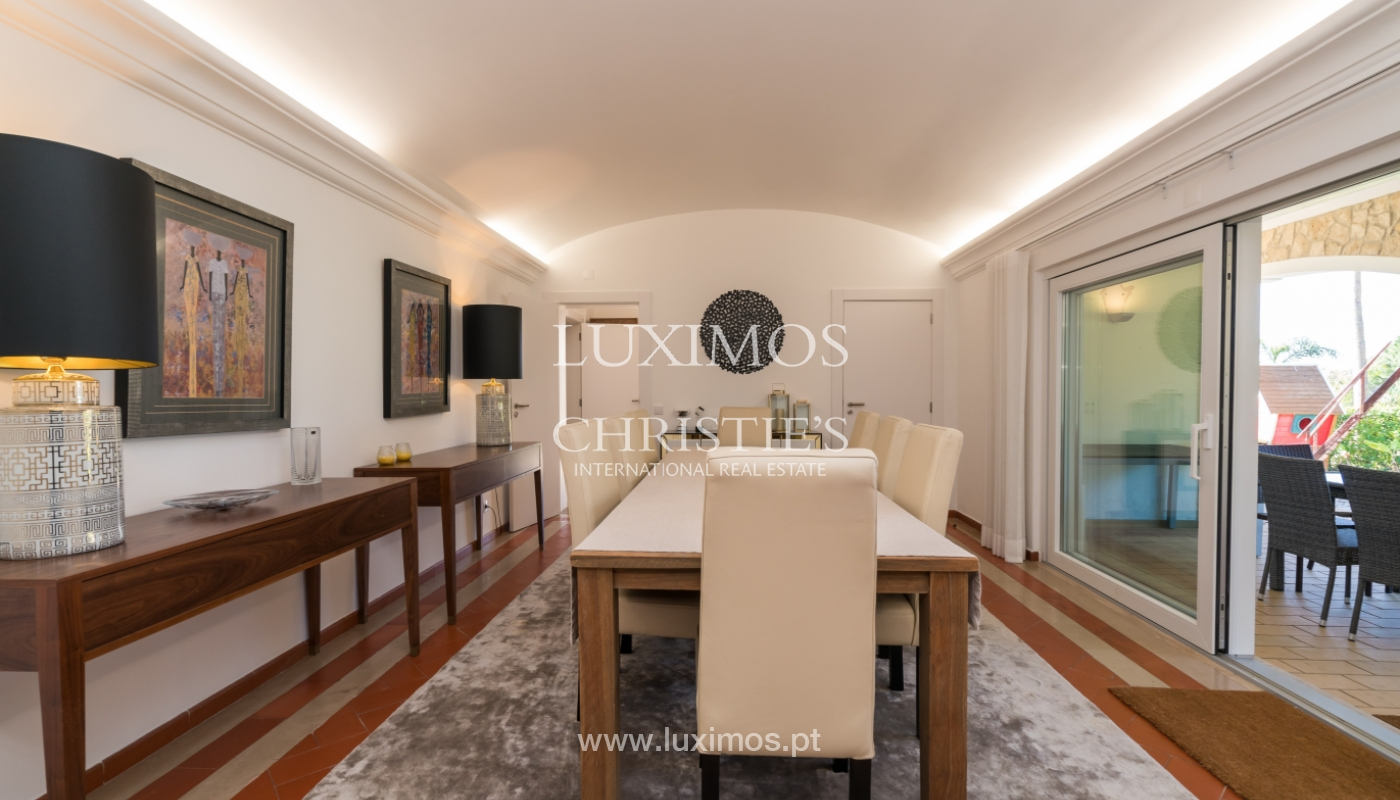 Villa avec piscine, front golf à vendre à Vilamoura, Algarve, Portugal_135544