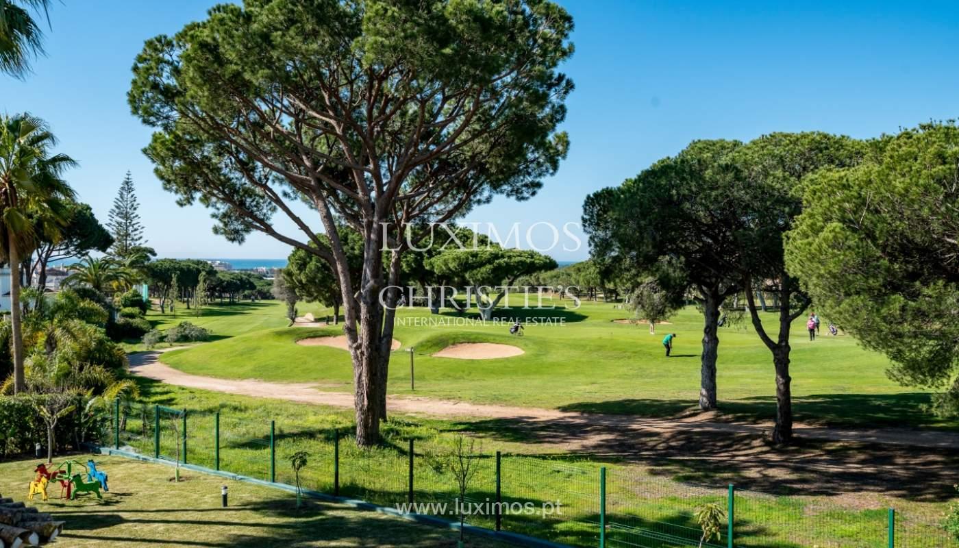Venda de moradia com piscina frente golfe em Vilamoura, Algarve_135577