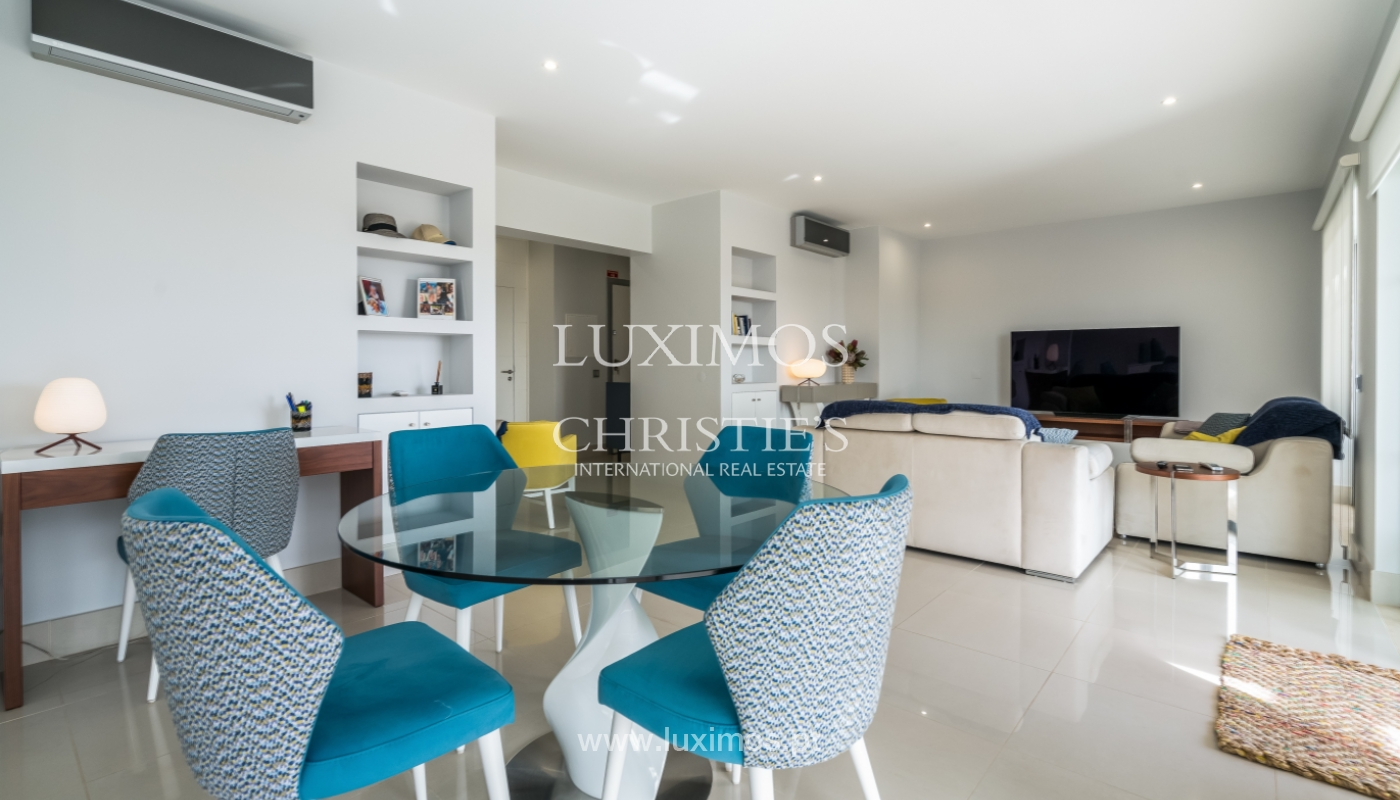 Sale of penthouse with sea view in Vilamoura, Algarve, Portugal_135699