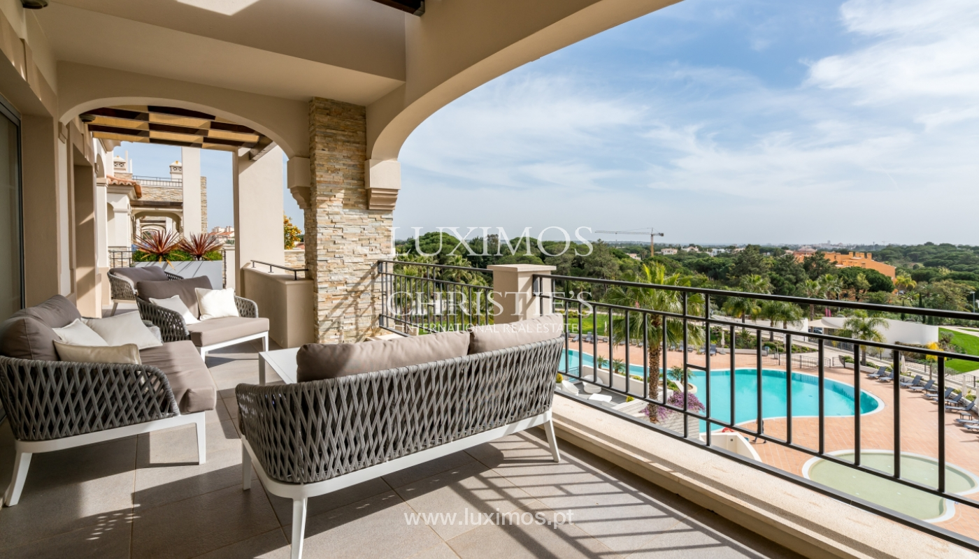 Sale of penthouse with sea view in Vilamoura, Algarve, Portugal_135706