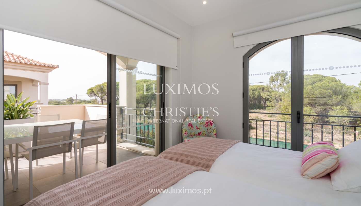 Sale of penthouse with sea view in Vilamoura, Algarve, Portugal_135729