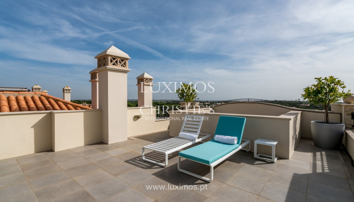 Sale of penthouse with sea view in Vilamoura, Algarve, Portugal_135738