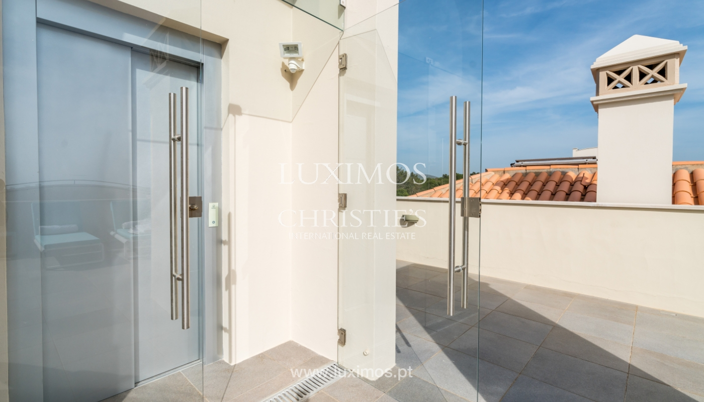 Sale of penthouse with sea view in Vilamoura, Algarve, Portugal_135739