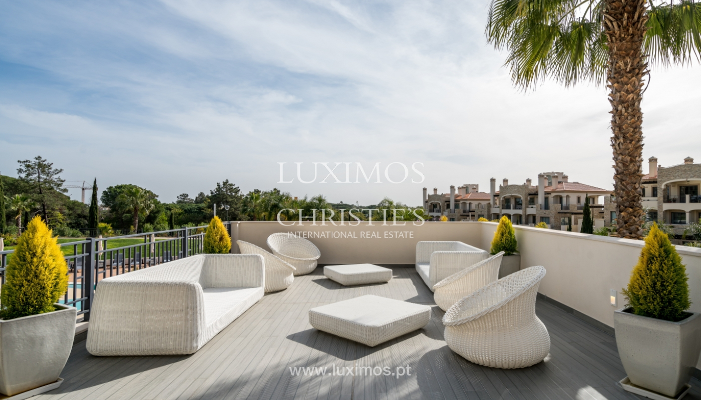 Sale of penthouse with sea view in Vilamoura, Algarve, Portugal_135740