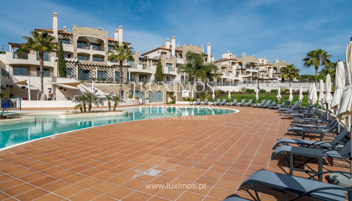 Sale of penthouse with sea view in Vilamoura, Algarve, Portugal_135746