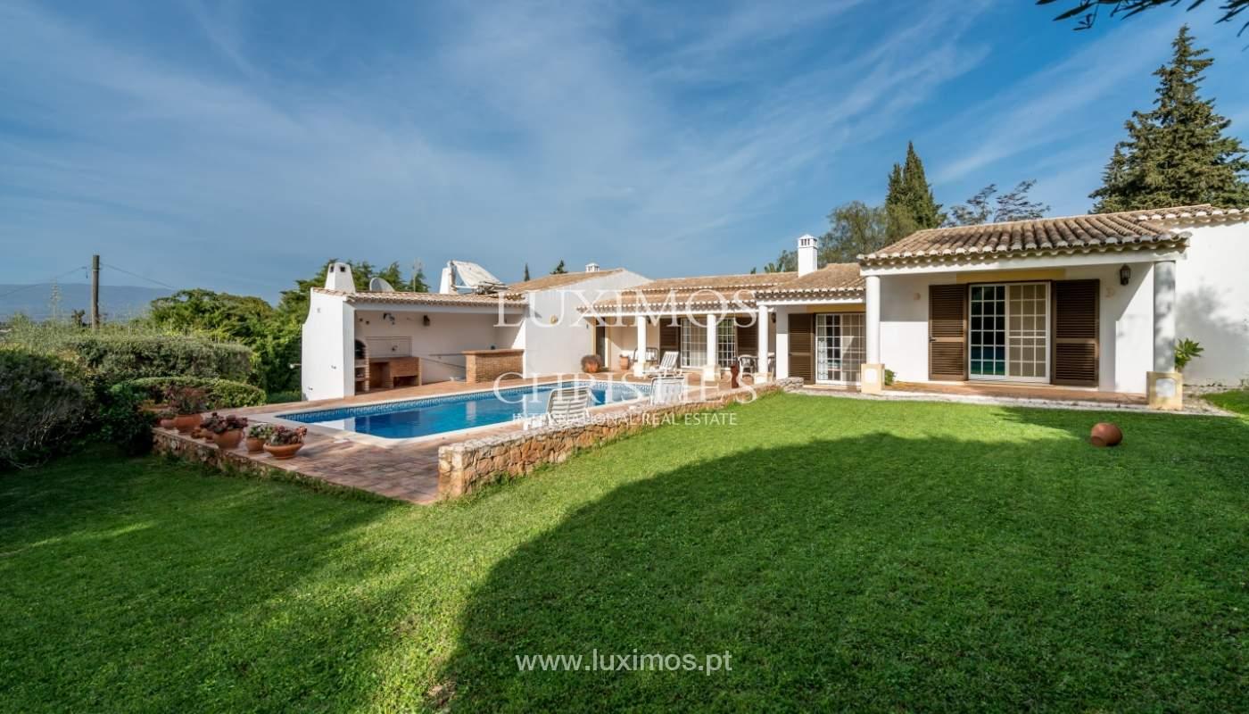 Sale of villa with pool and garden near Alvor, Algarve, Portugal_135751