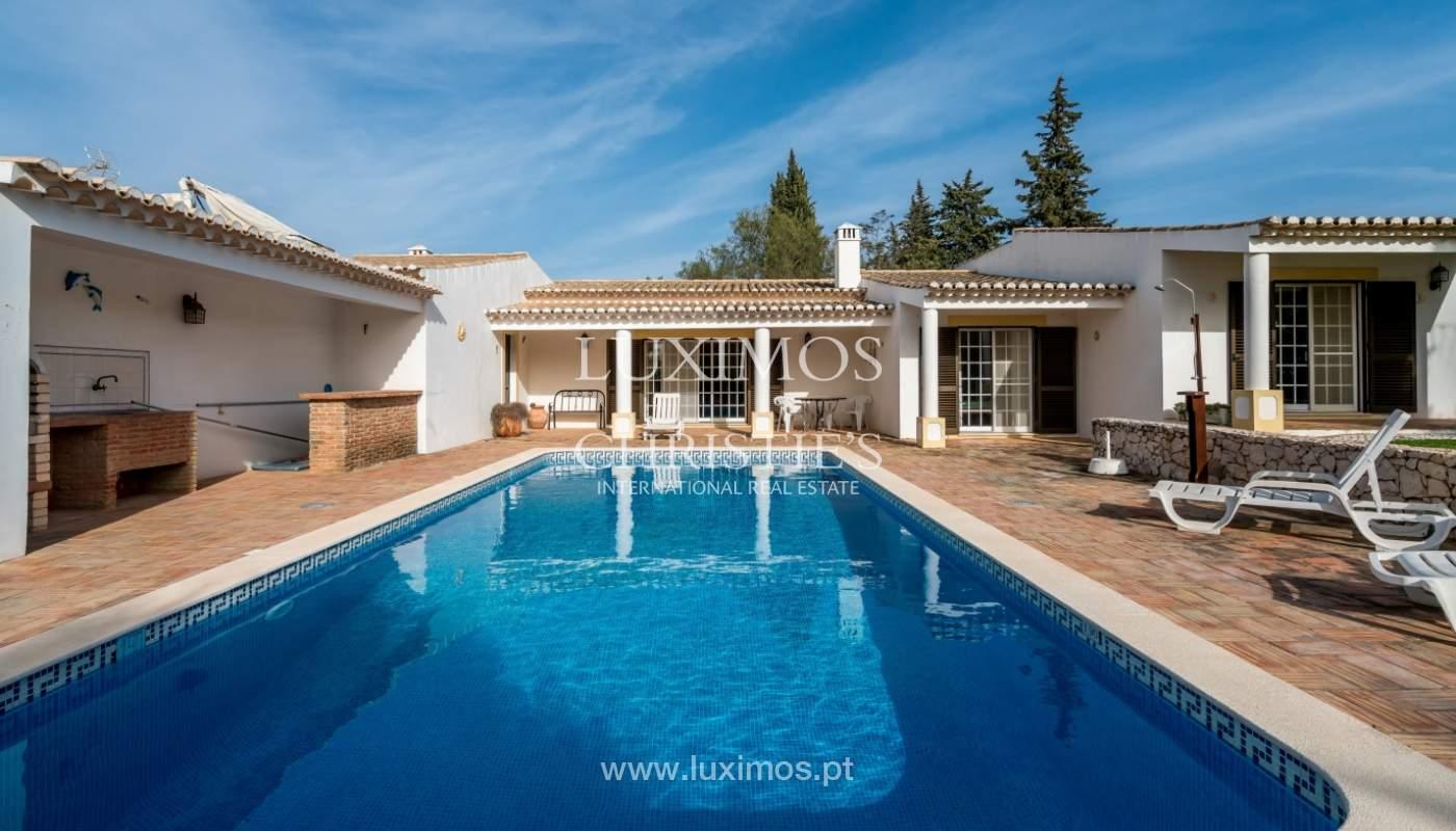 Sale of villa with pool and garden near Alvor, Algarve, Portugal_135752