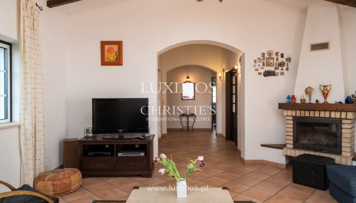 Sale of villa with pool and garden near Alvor, Algarve, Portugal_135767