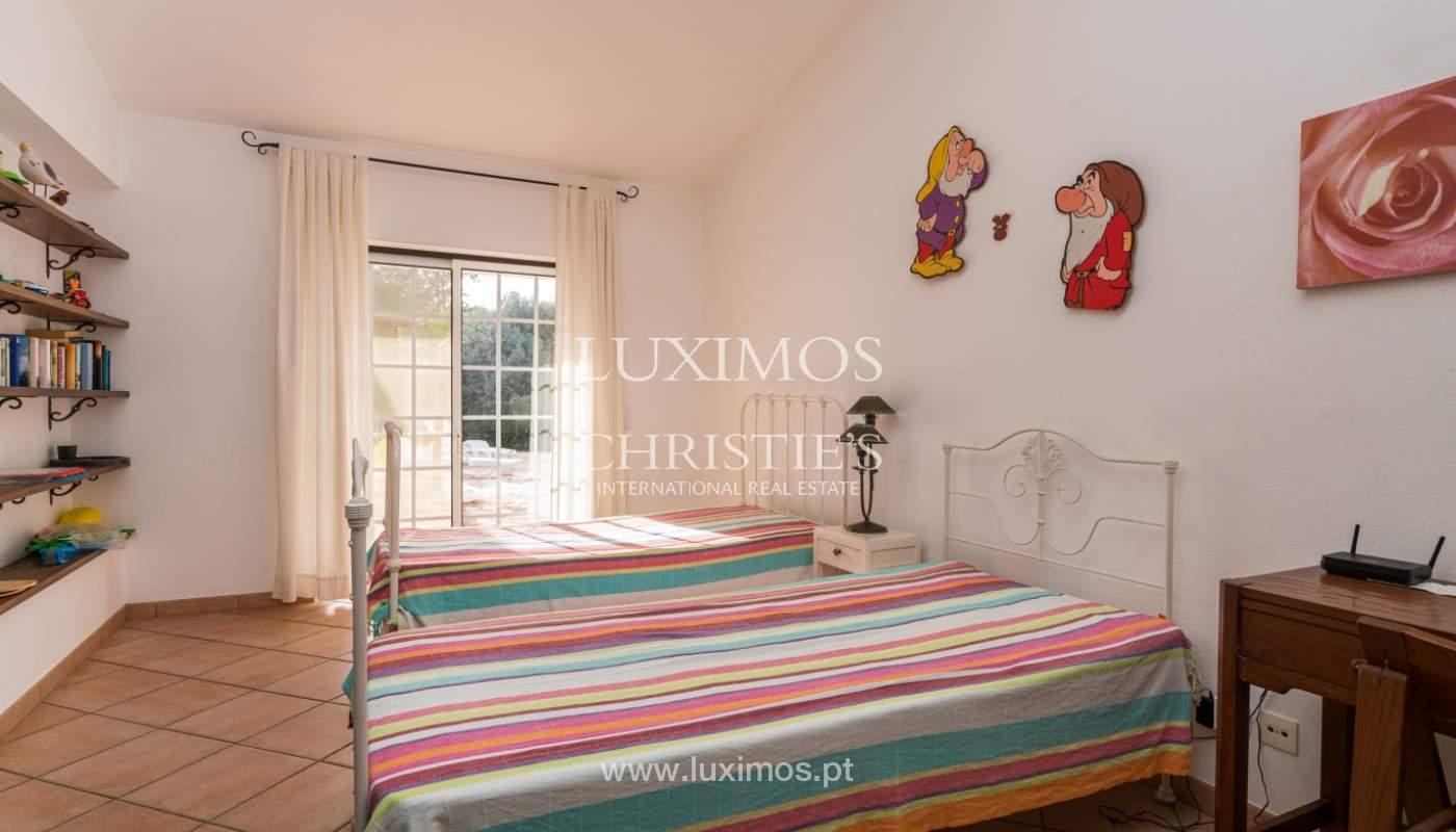 Sale of villa with pool and garden near Alvor, Algarve, Portugal_135772