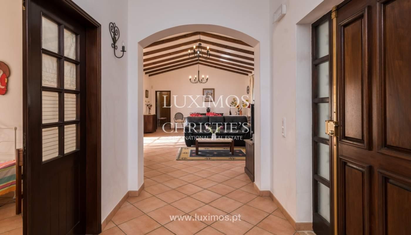 Sale of villa with pool and garden near Alvor, Algarve, Portugal_135786