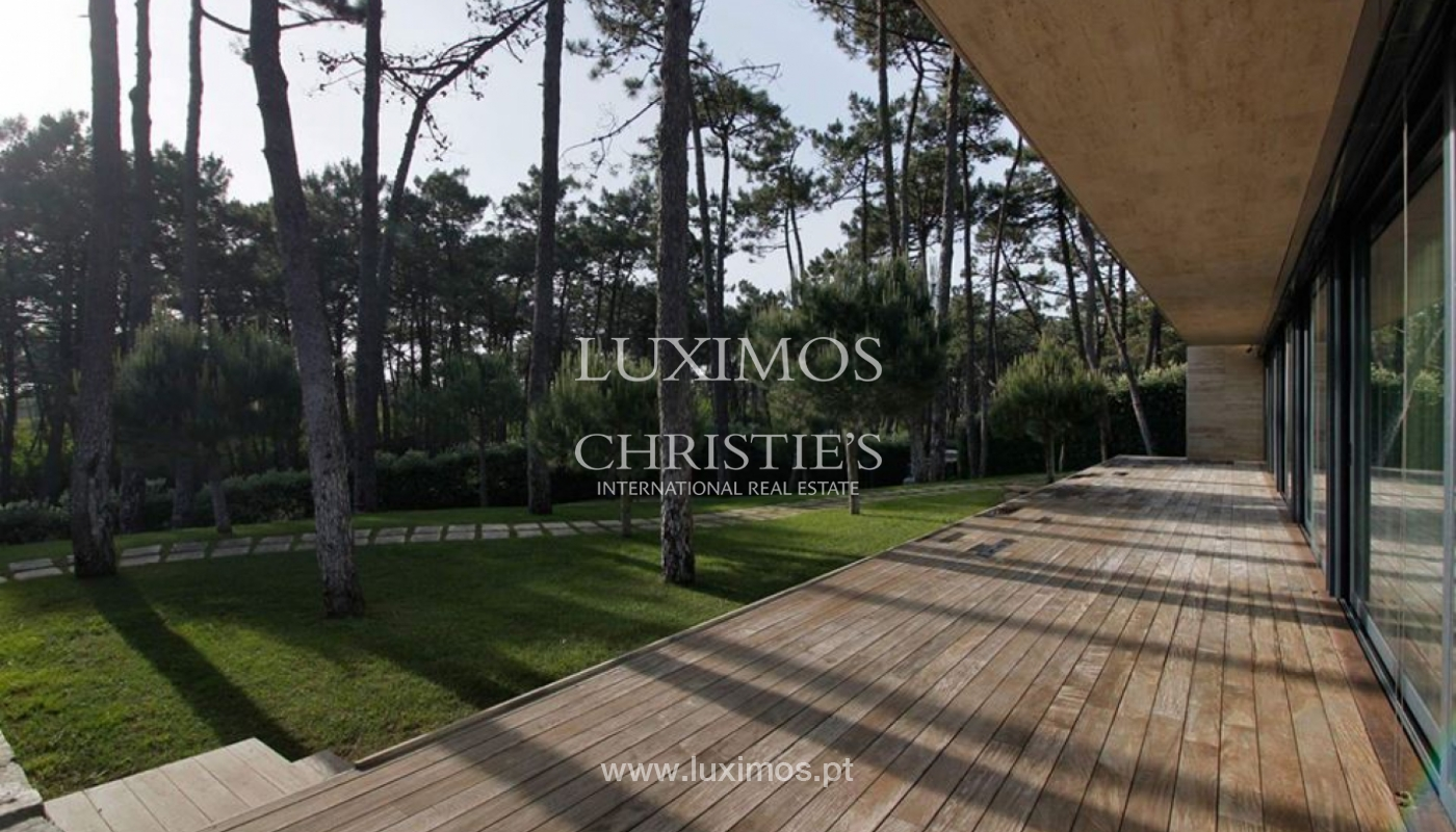 Contemporary house, for sale, with pool and garden, Esposende, Portugal_135837