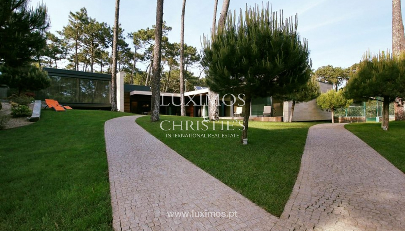 Contemporary house, for sale, with pool and garden, Esposende, Portugal_135840