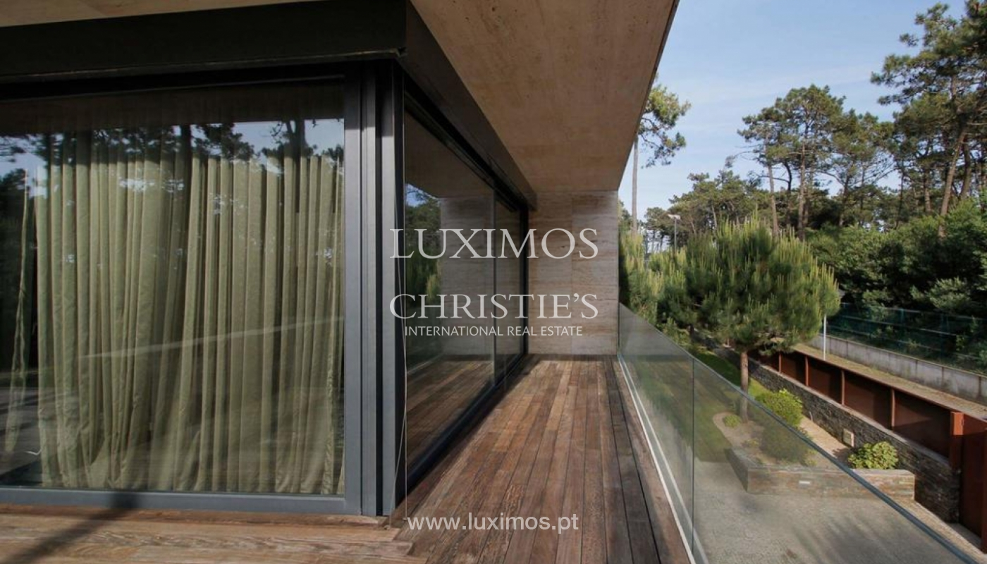 Contemporary house, for sale, with pool and garden, Esposende, Portugal_135847