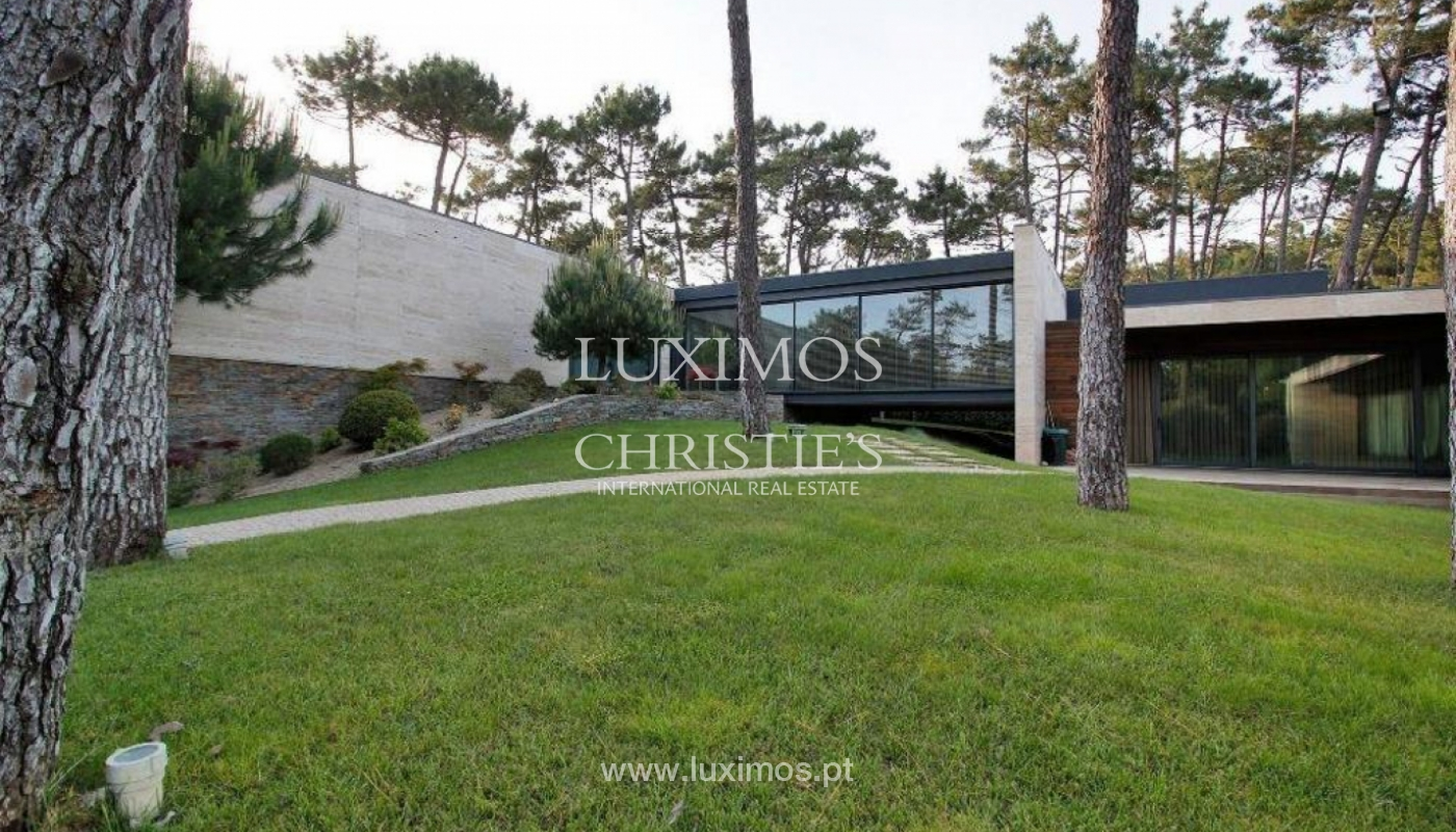 Contemporary house, for sale, with pool and garden, Esposende, Portugal_135850