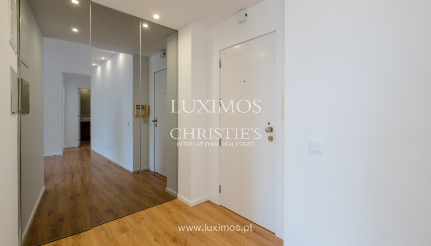 Refurbished apartment, for sale, in Porto, Portugal_135902