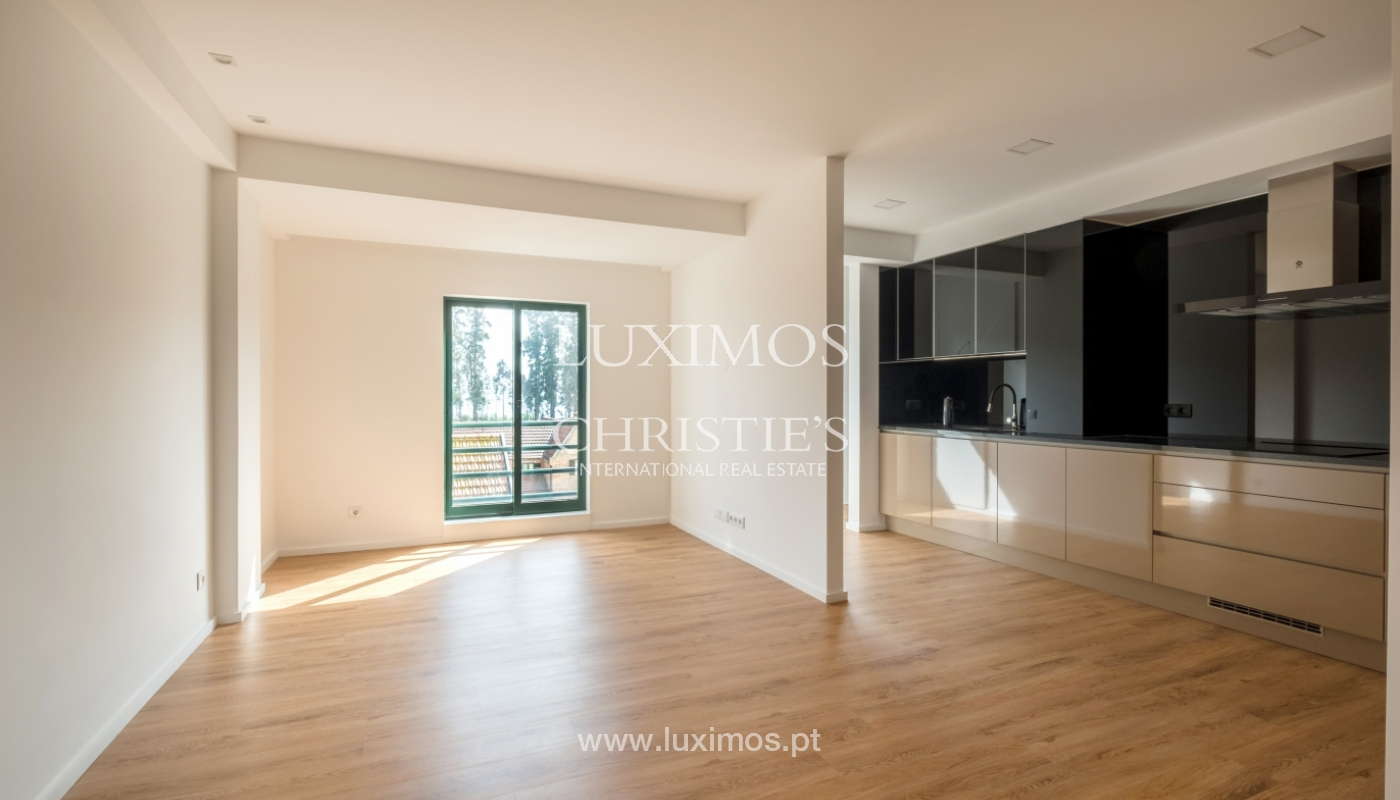 Refurbished apartment, for sale, in Porto, Portugal_135906