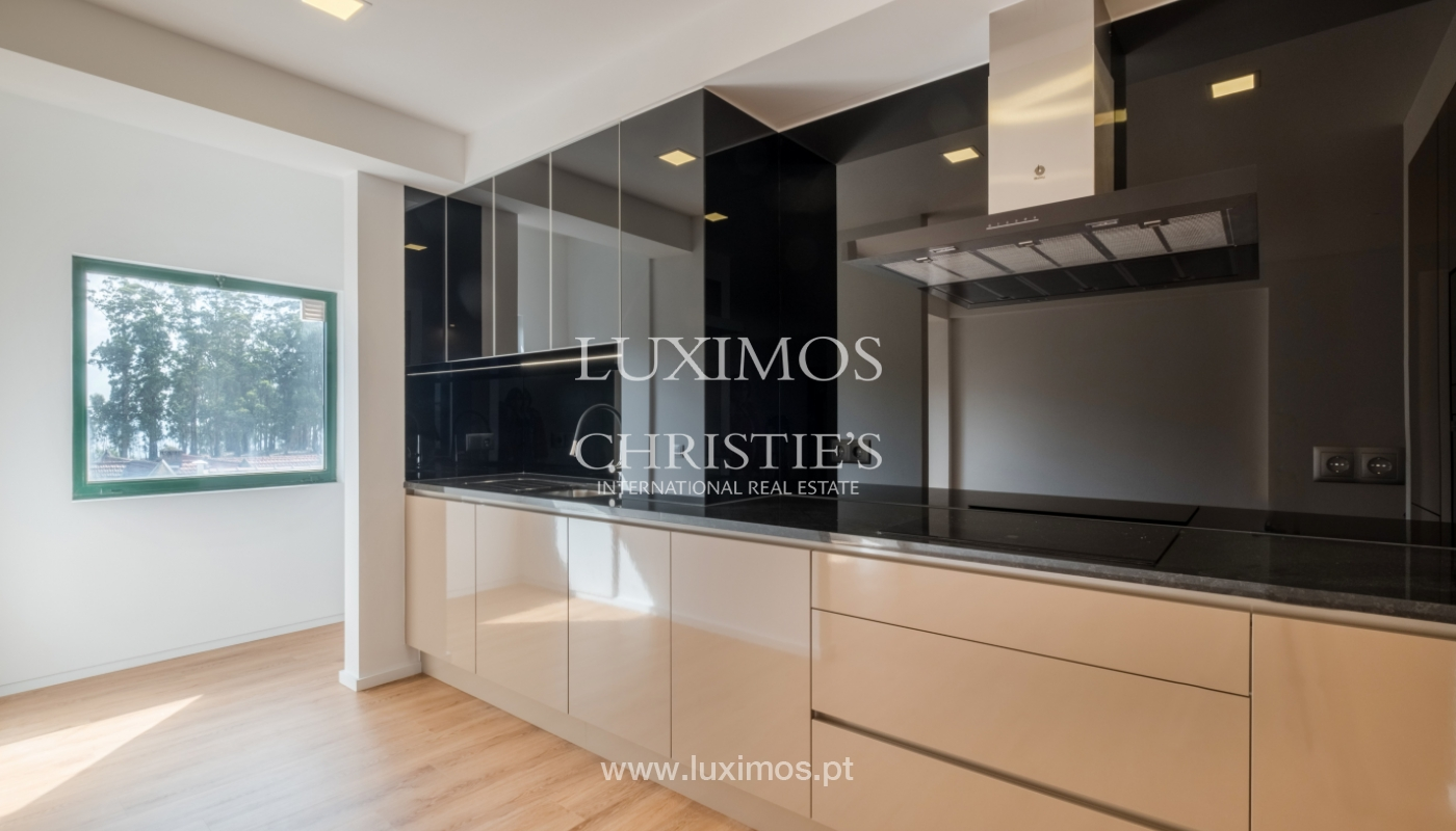 Refurbished apartment, for sale, in Porto, Portugal_135908