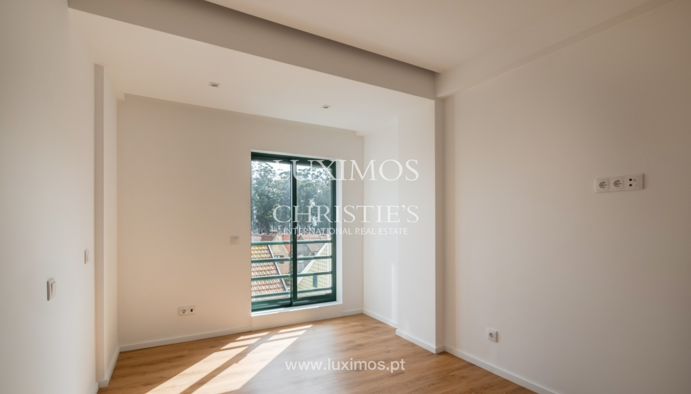 Refurbished apartment, for sale, in Porto, Portugal_135916