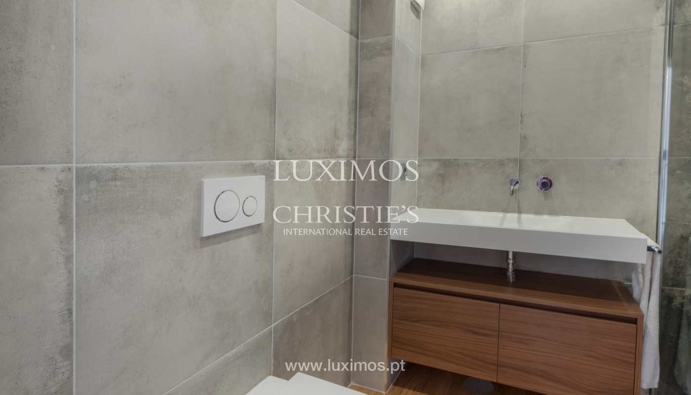 Refurbished apartment, for sale, in Porto, Portugal_135919