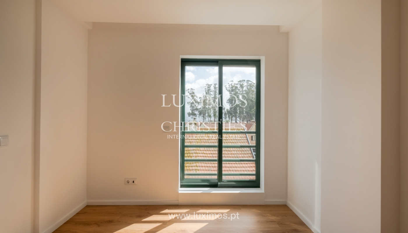 Refurbished apartment, for sale, in Porto, Portugal_135920