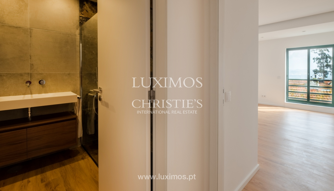 Refurbished apartment, for sale, in Porto, Portugal_135921
