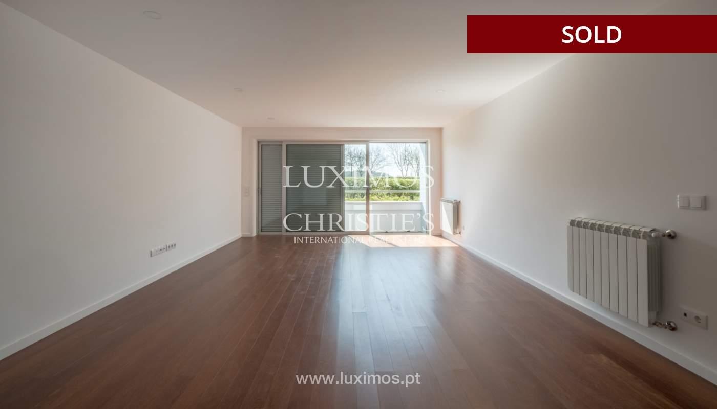 Apartment for sale, near the city park and the beach, Matosinhos, Portugal_135926