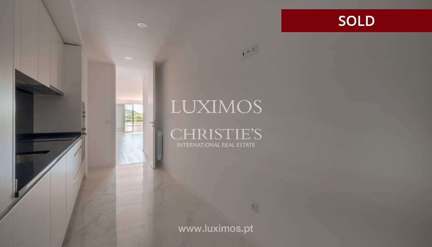 Apartment for sale, near the city park and the beach, Matosinhos, Portugal_135932