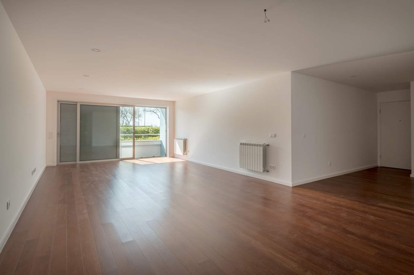 apartment-for-sale-near-the-city-park-and-the-beach-matosinhos-portugal