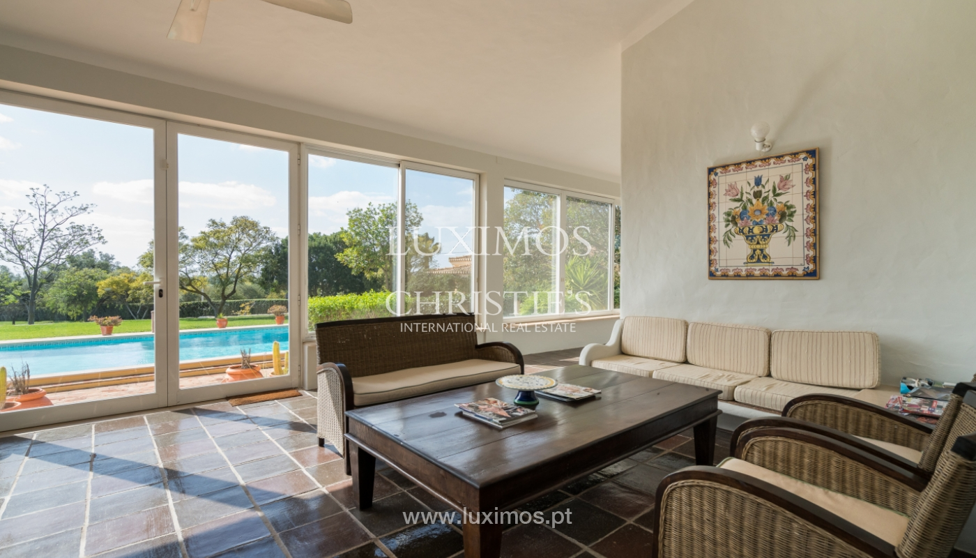 Sale of villa with pool and garden in Loulé, Algarve, Portugal_136030