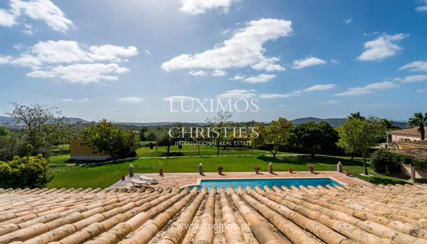 Sale of villa with pool and garden in Loulé, Algarve, Portugal_136049